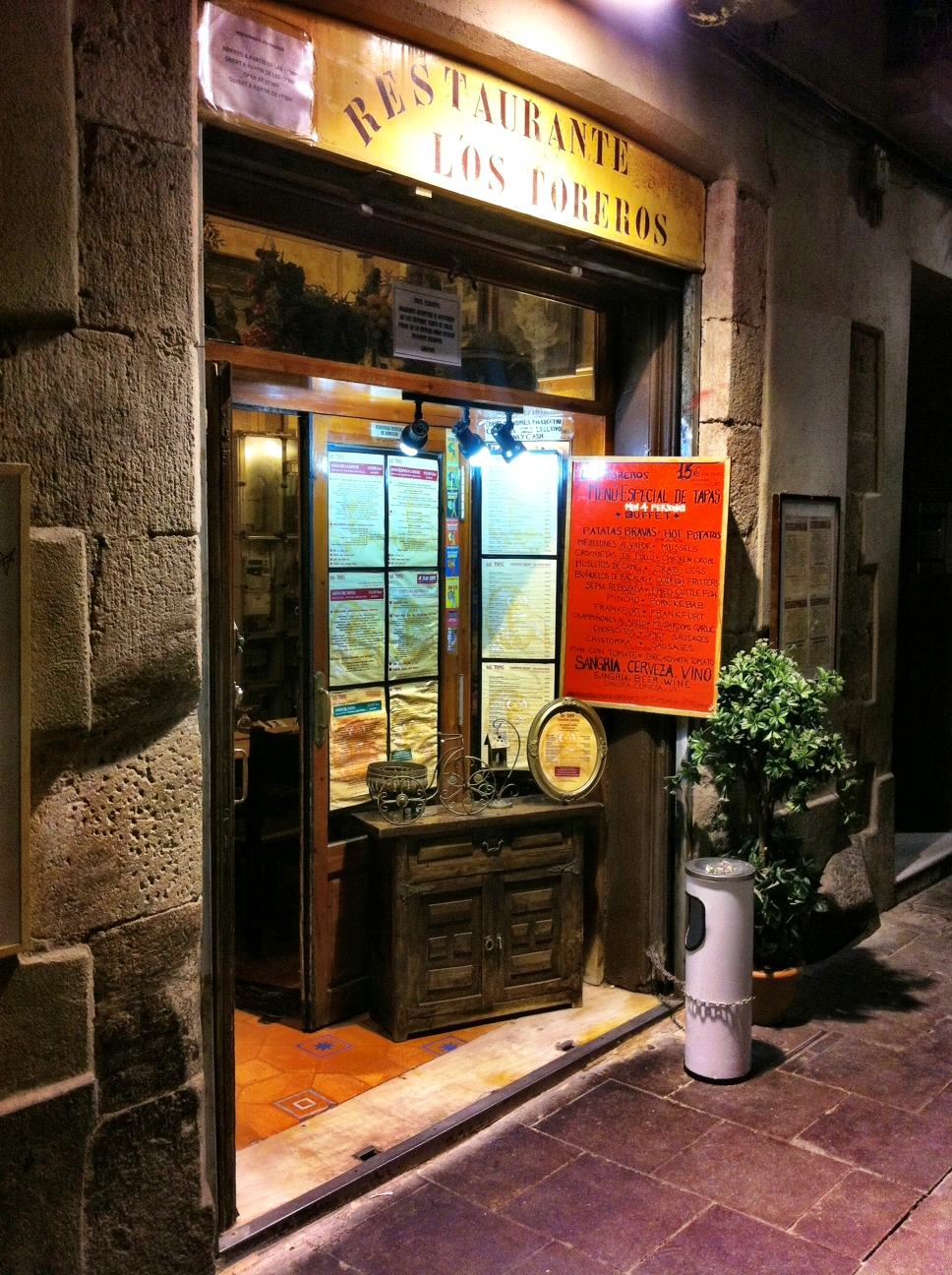 Top 3 Non Touristy Barcelona Restaurants An Insider S