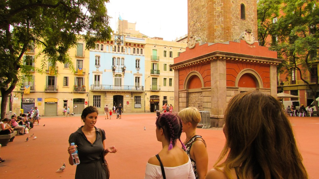 Renee food tour guide for Devour Barcelona Food Tours Spain