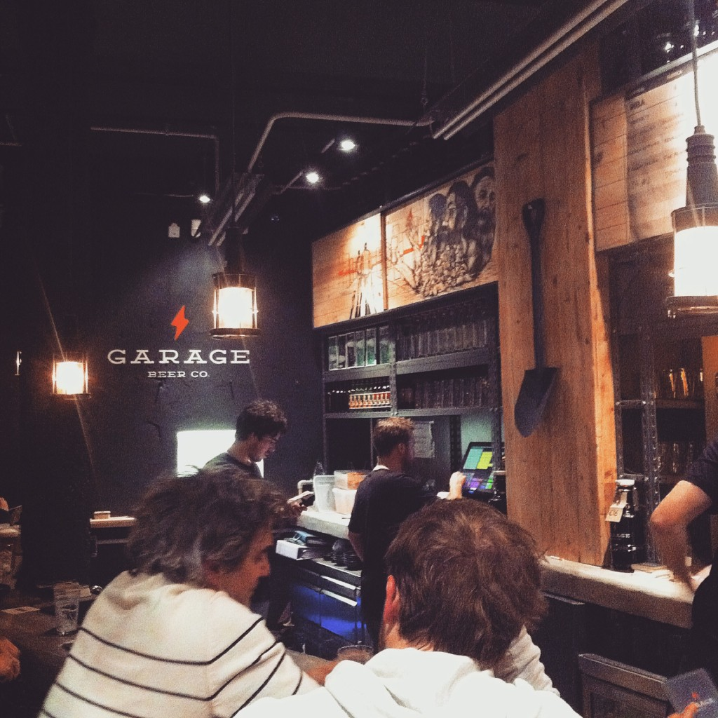 Garage Beer Co. Brewpub Craft beer bar Barcelona