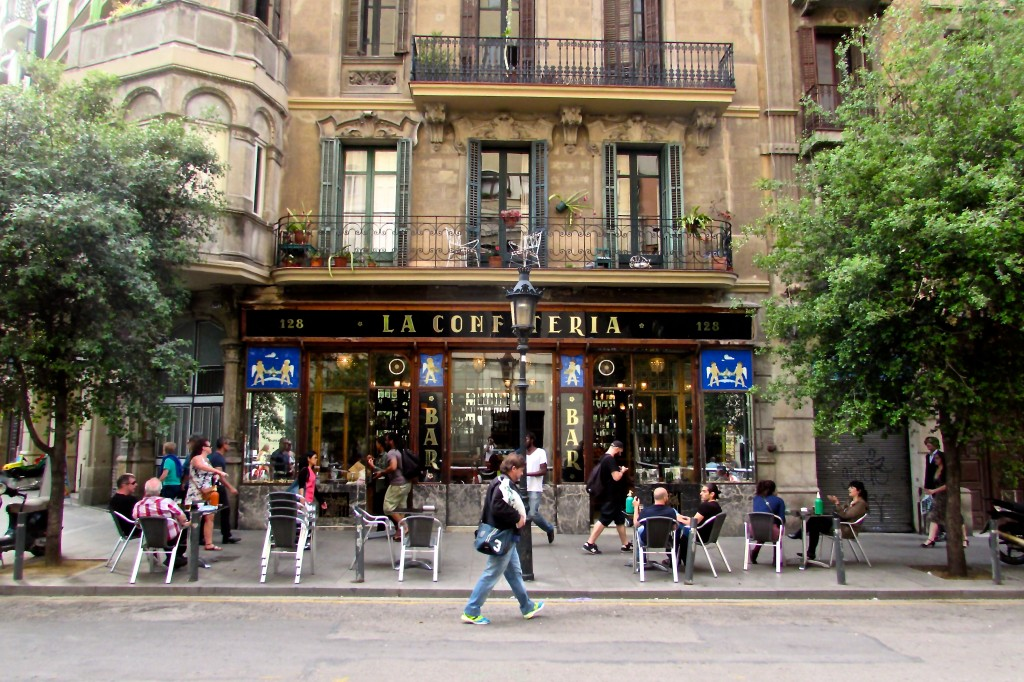 La Confiteria Paralel Barcelona (Vermouth and Gin Tonics in Sant Antoni)