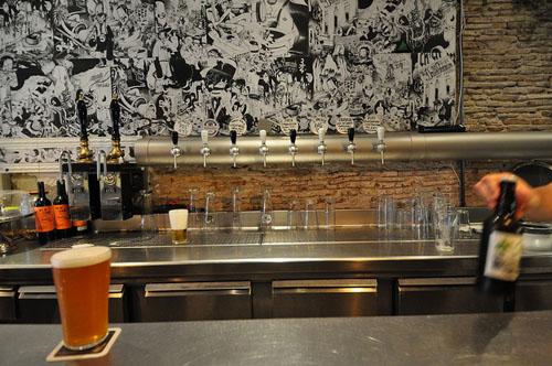 Best craft beer bars in barcelona an inside guide for Interior design 08003