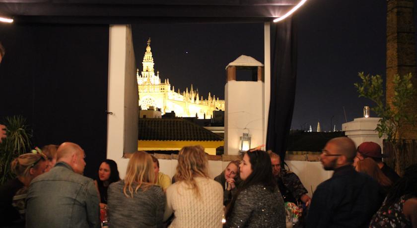 La Banda Rooftop Hostel Seville