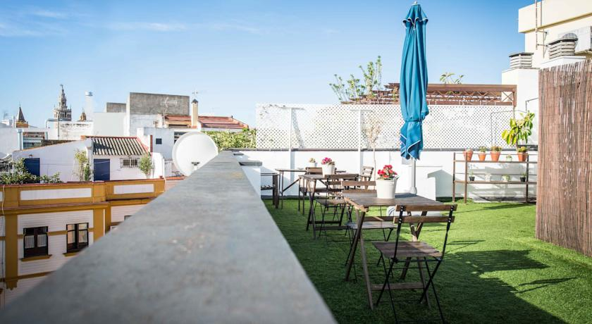 The Boutike Hostel Roof Terrace Seville