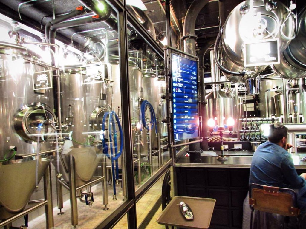 NaparBCN brewpub brewery