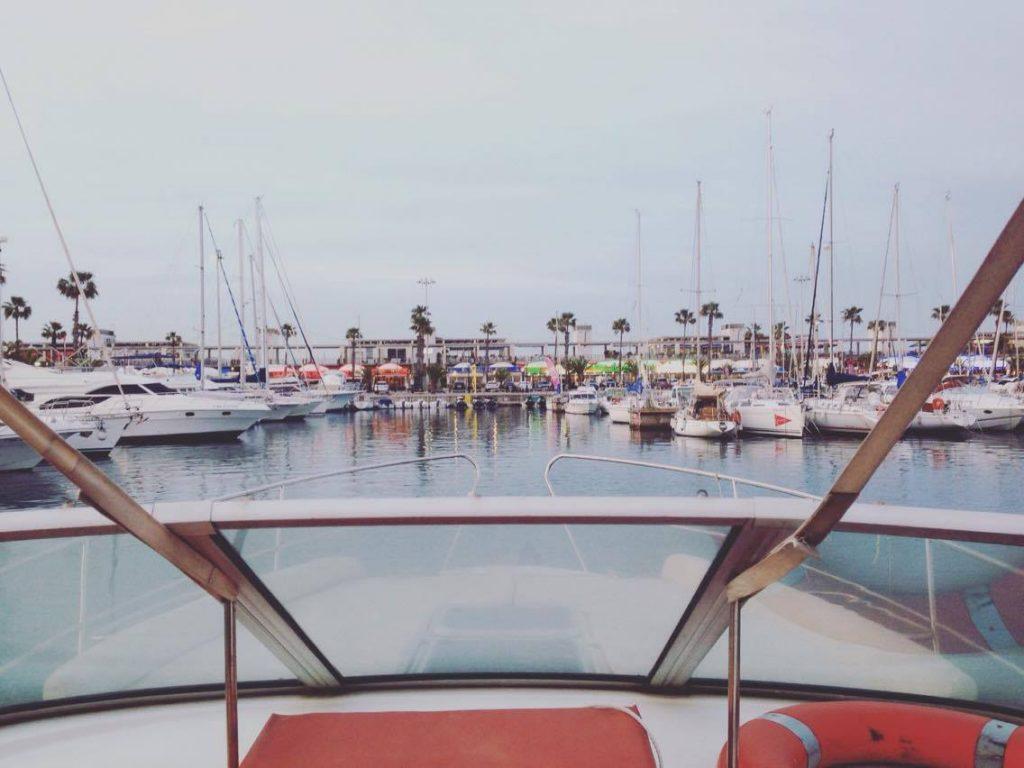 Barcelona boat trips departing from Barceloneta each / Port Vell
