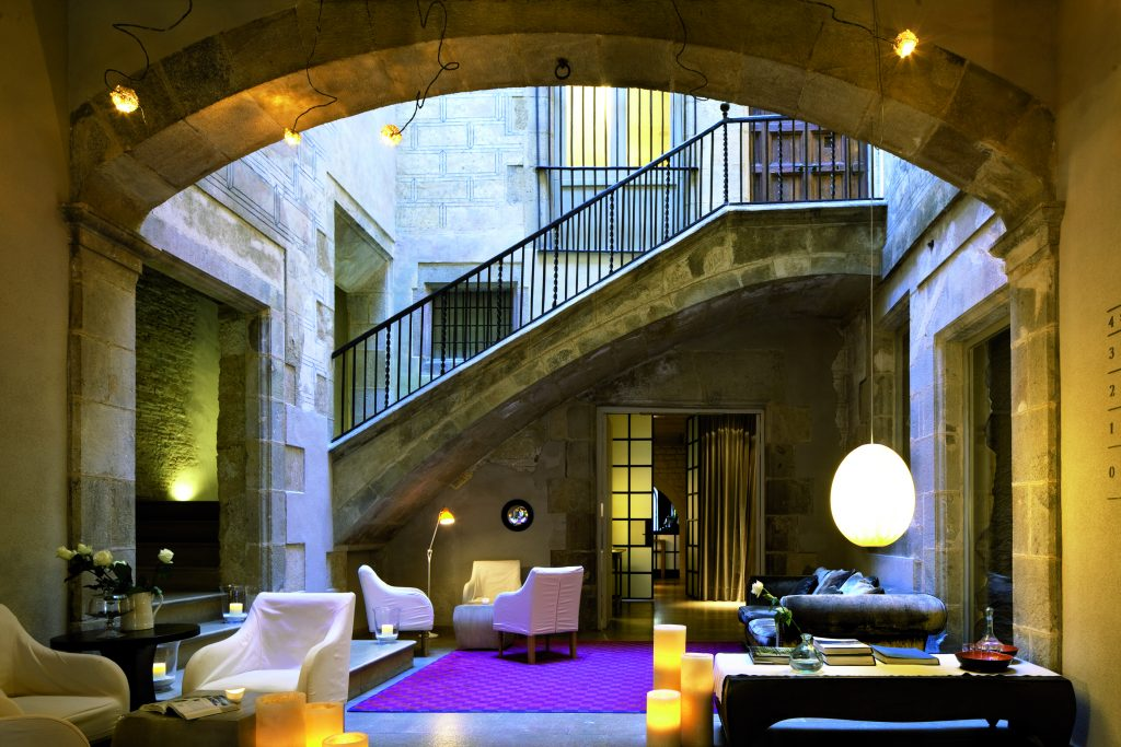 Best boutique hotels in barcelona a grand guide for Hotel de paris barcelona