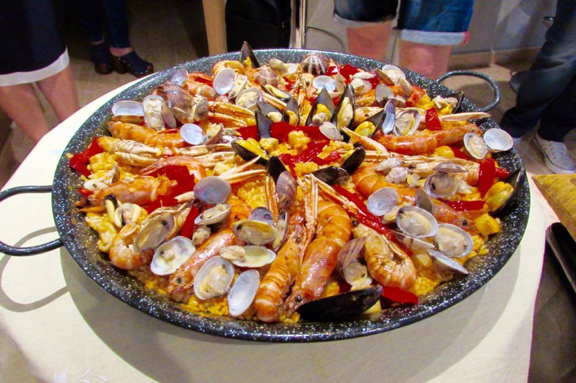 eat homemade paella and tapas at chef teresa 39 s home in