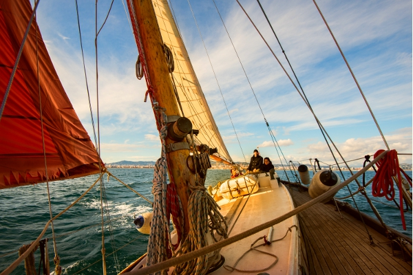 Go sailing in Barcelona with Classic Sail - Vintage Wooden Sailboat in Barcelona