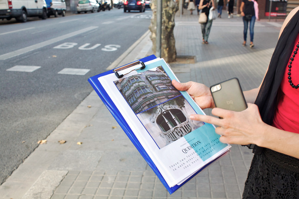 Gaudi architectural treasure hunt in Barcelona
