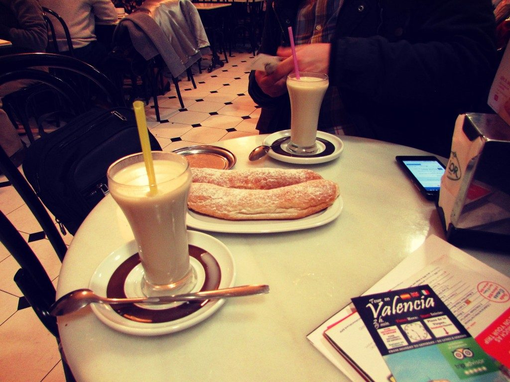 horchata-and-fartons-in-valencia