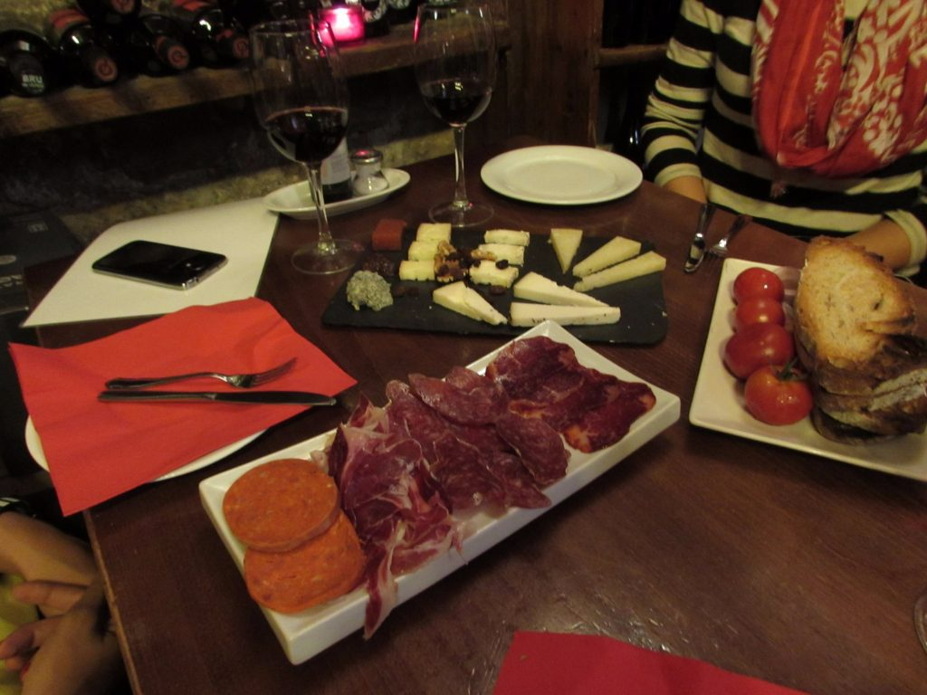 Spanish meats and cheeses on the Wanderbeak food tour in Barcelona