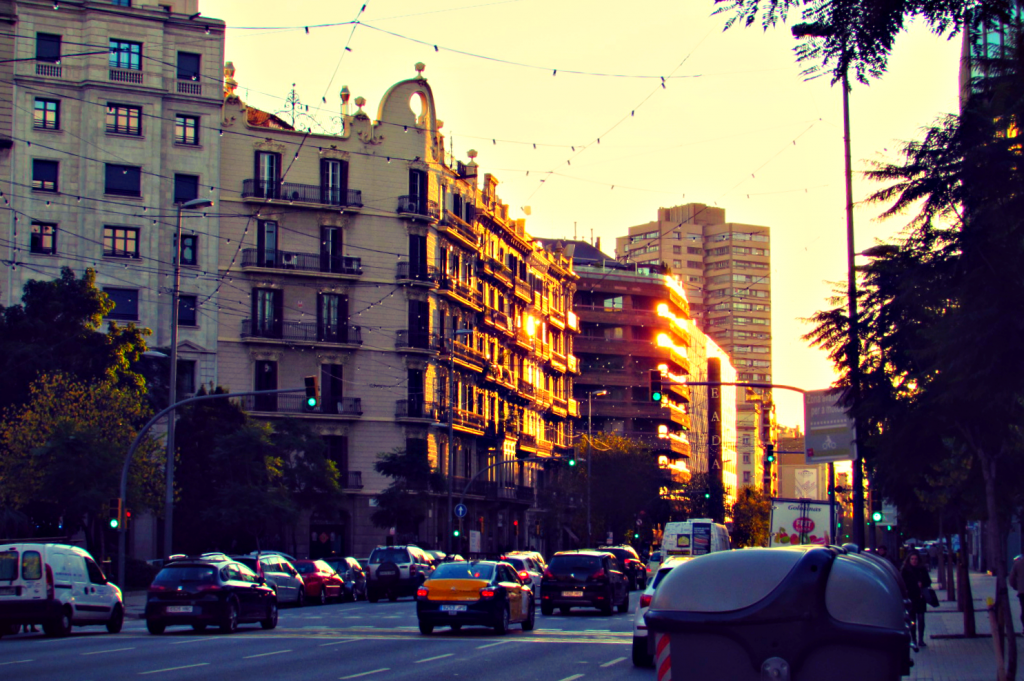 sunset-in-barcelonas-eixample-barrio