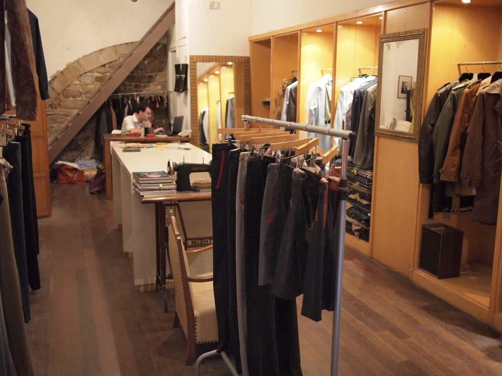 Oscar H Grand Bespoke Tailoring in Barcelona