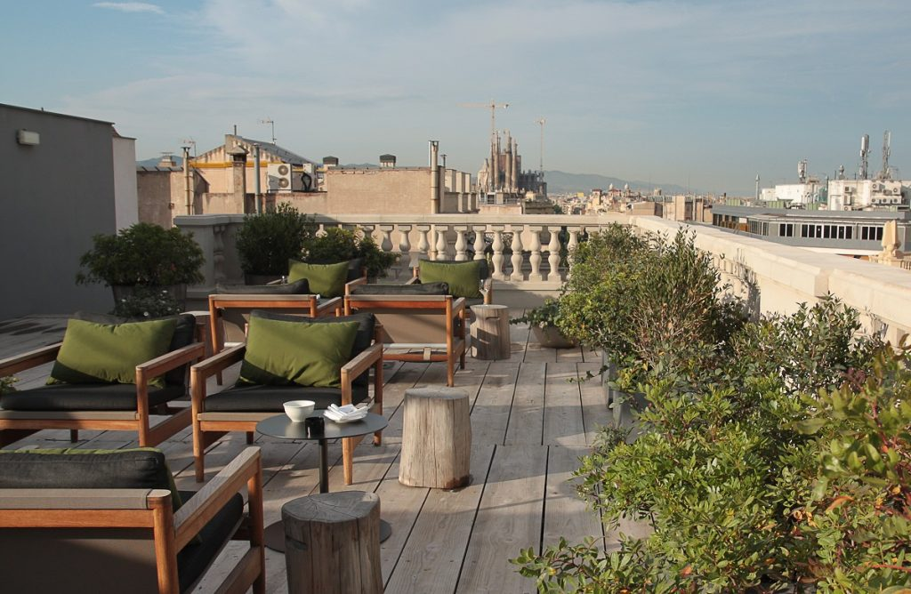 Hotel Alma Rooftop Terrace with Views of La Sagrada Familia