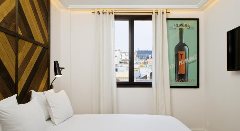 Pillow talk romantic hotels in barcelona for couples for Boutique hotels for couples