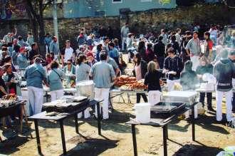 street barbecue in Barcelona: calcotada in Sants, Barcelona