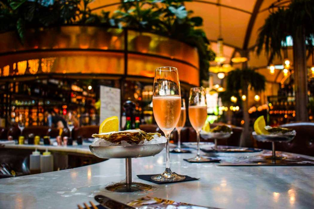 Oysters & Cava Wanderbeak Gourmet Gaudi Food and Architecture Tour in Eixample Barcelona