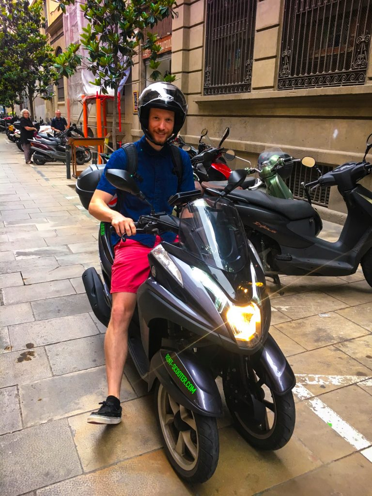 Rent a scooter in Barcelona with Rent-scooter.com