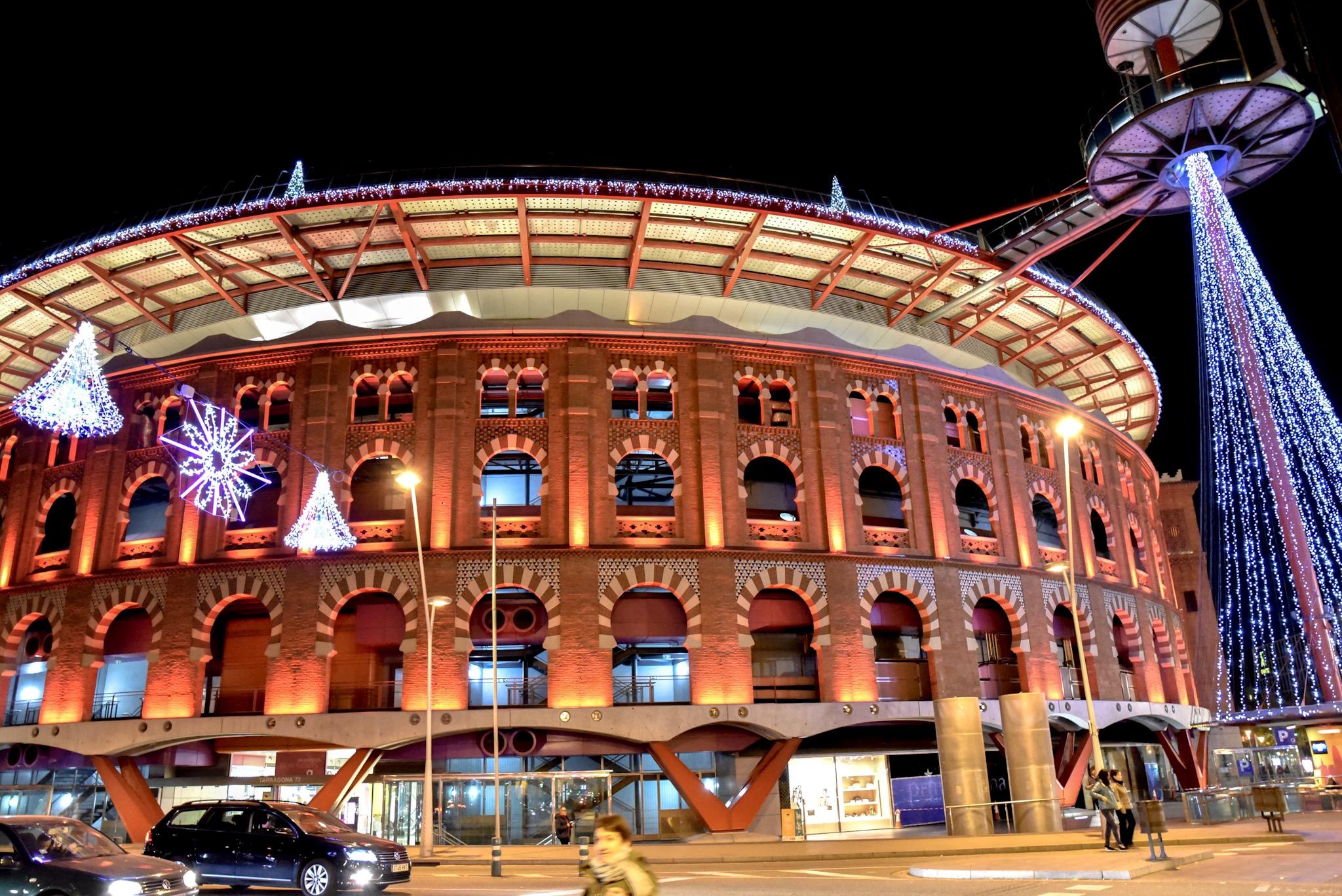 las arenas bull ring shopping mall barcelona at christmas