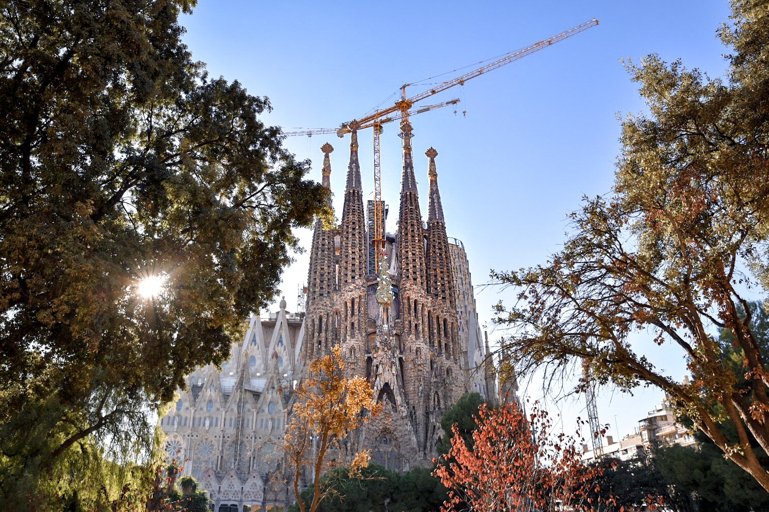 Sagrada familia barcelona skip the line do it right for Barcelona famila