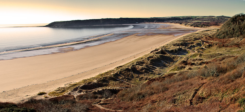Best Beaches In Wales For Driftwood