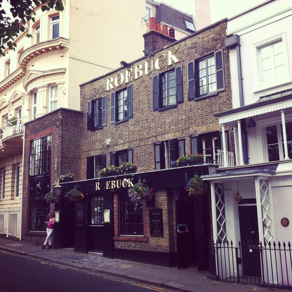 Roebuck Pub, Richmond, Surrey, England