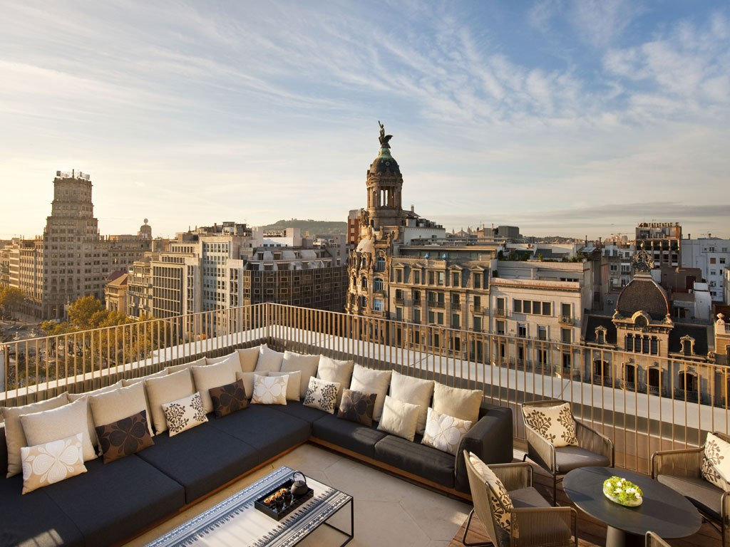 Mandarin Oriental Barcelona 5 Star Luxury Hotel Accomodation On Famous Street Peige De Gracia In The