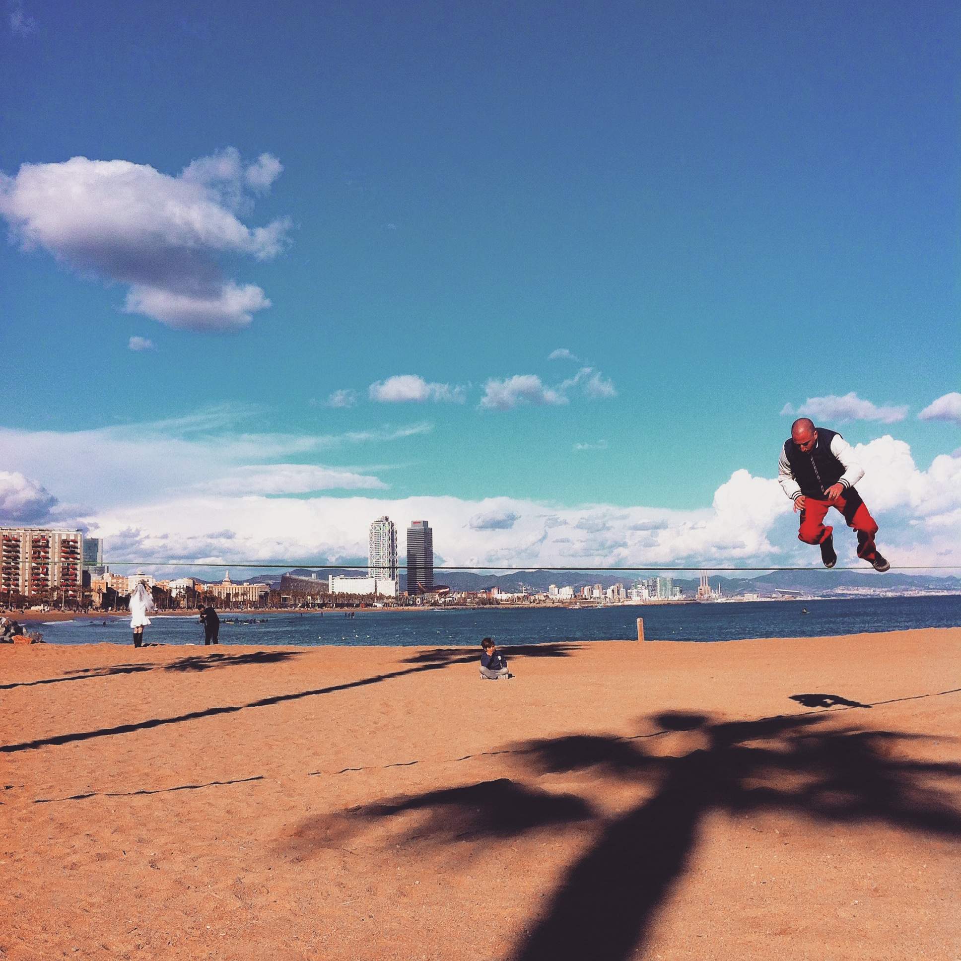 Slacklinging Barceloneta Beach