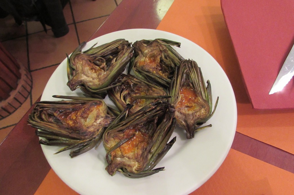 Artichoke hears at La Bombeta in Barceloneta, Barcelona