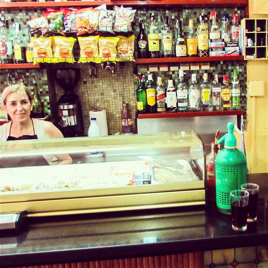 La Vermutería del Tano in Gracia (Carrer Joan Blanques, 17, 08012, Barcelona)