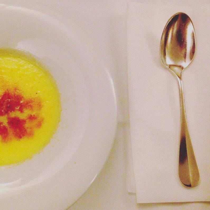 Crema Catalana, THE essential dessert to eat in Barcelona - and this was probably the best I've ever had!
