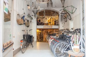 El Ciclo Bike Rental in Barcelona Gothic Quarter