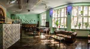 little-havana-hostel-krakow-party-hostel