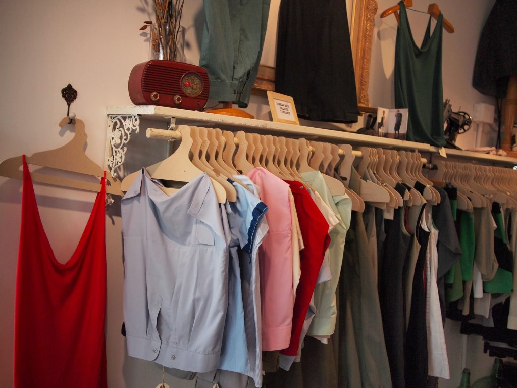 GreenLifeStyle ~ Handpicked Sustainable fashion boutique shop in Barcelona