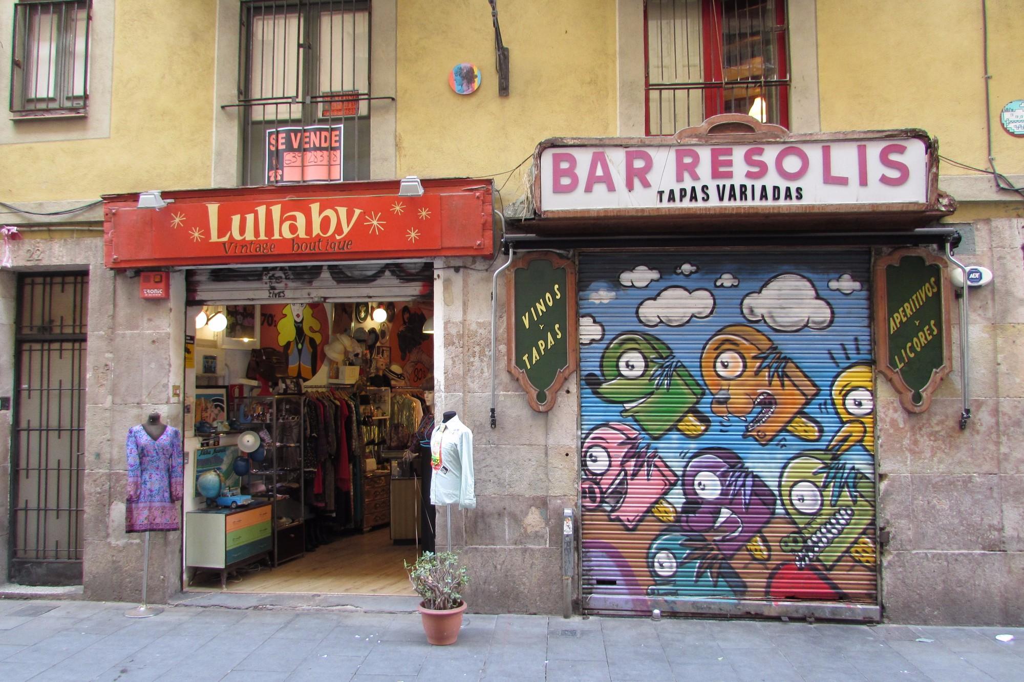 fbbfdcc4168 Best Vintage Shops + Independent Fashion Boutiques in Barcelona (For Men +  Women)