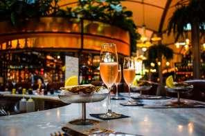 Oysters & Cava Wanderbeak Gourmet Gaudi Food and Architecture Tour in Eixample Barcelona