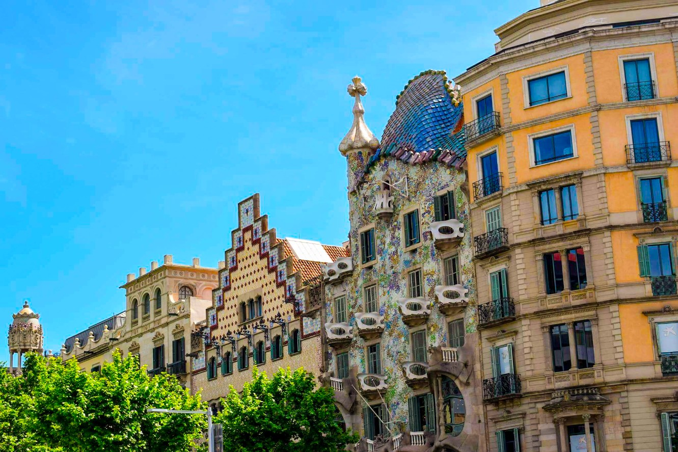modernist architecture barcelona wanderbeak gourmet gaudi food and