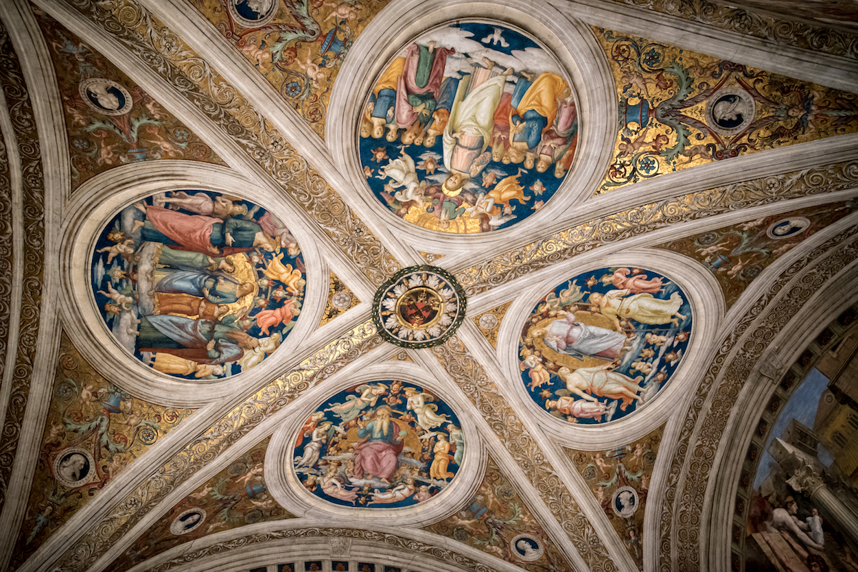 Tour Vatican City: The Vatican Museums, Sistine Chapel and Saint Peter's Basilica