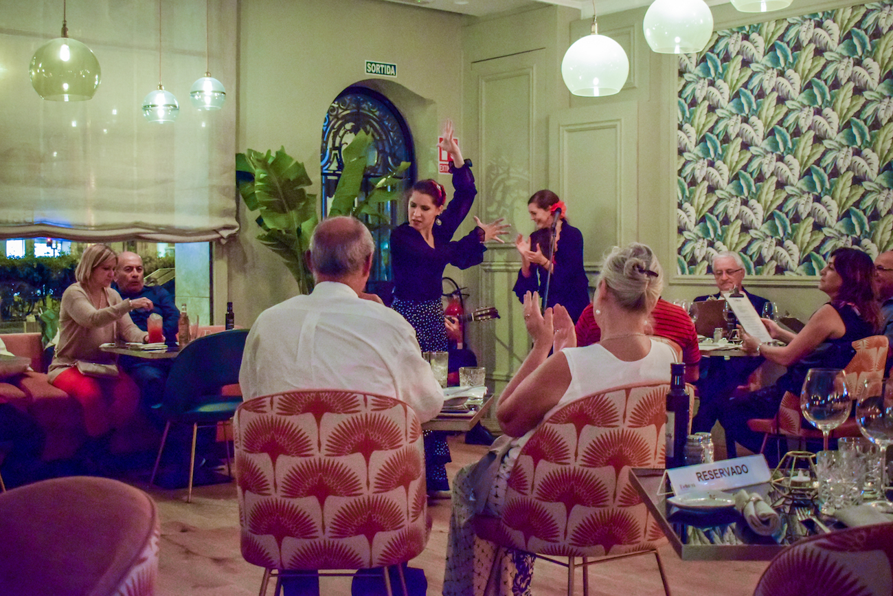 Flamenco show at Avenida Palace Hotel in Barcelona - by Ben Holbrook