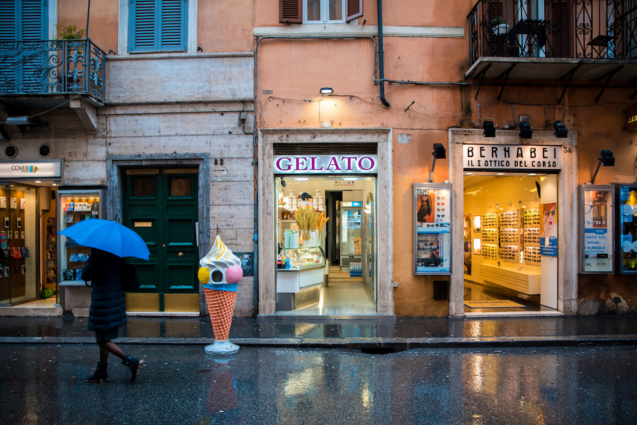 where to eat the best gelato in Rome - by Ben Holbrook.