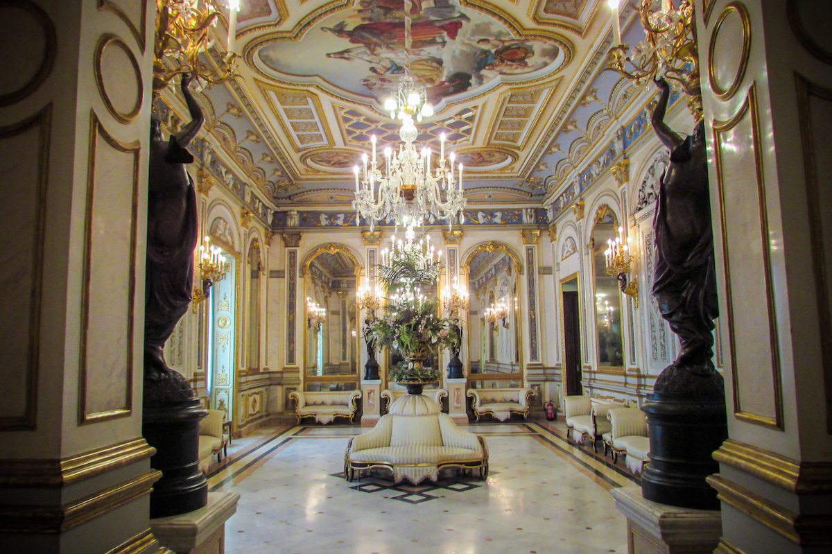 Valencia's Museo Nacional de Cerámica (Ceramics Museum) - by Ben Holbrook