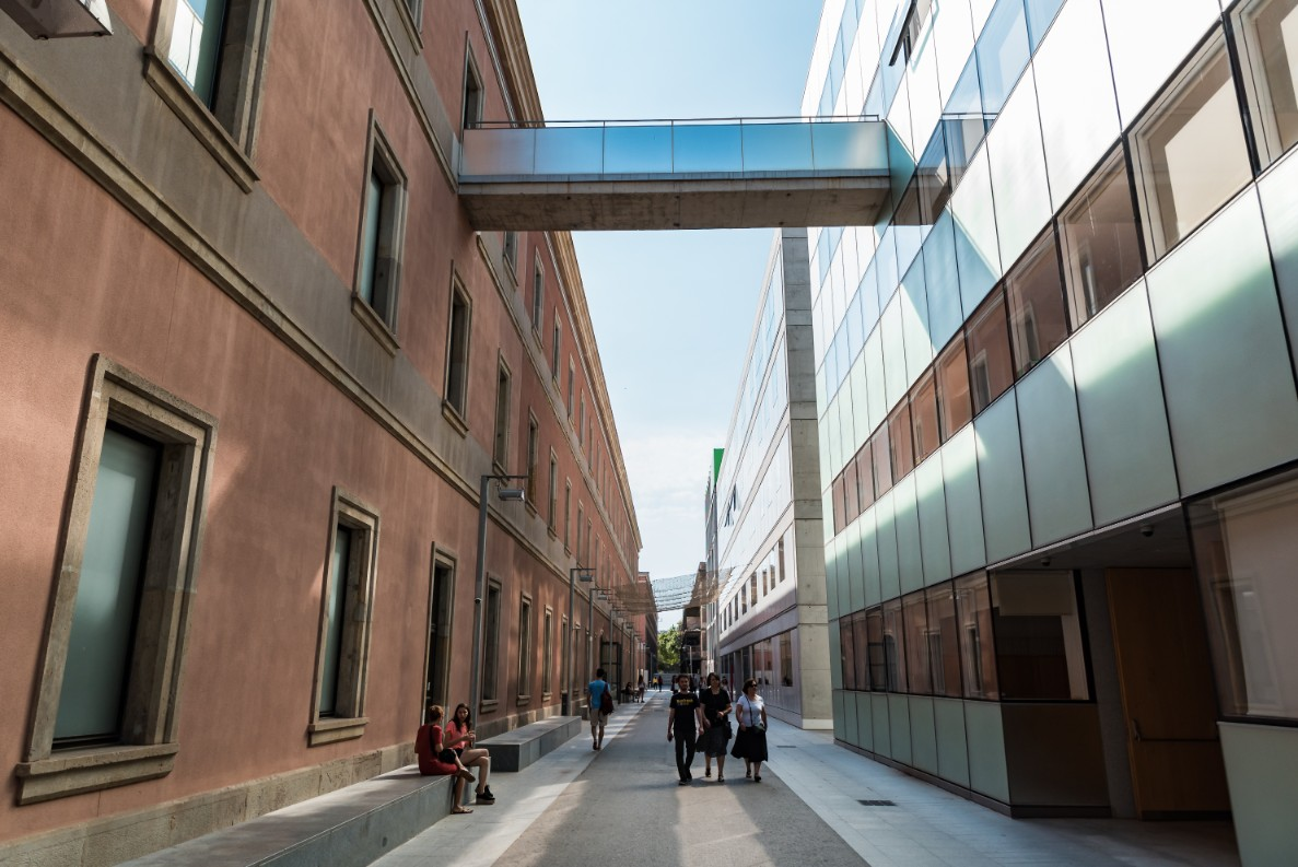 private architectural tours of Barcelona designed by Rafael Gómez-Moriana