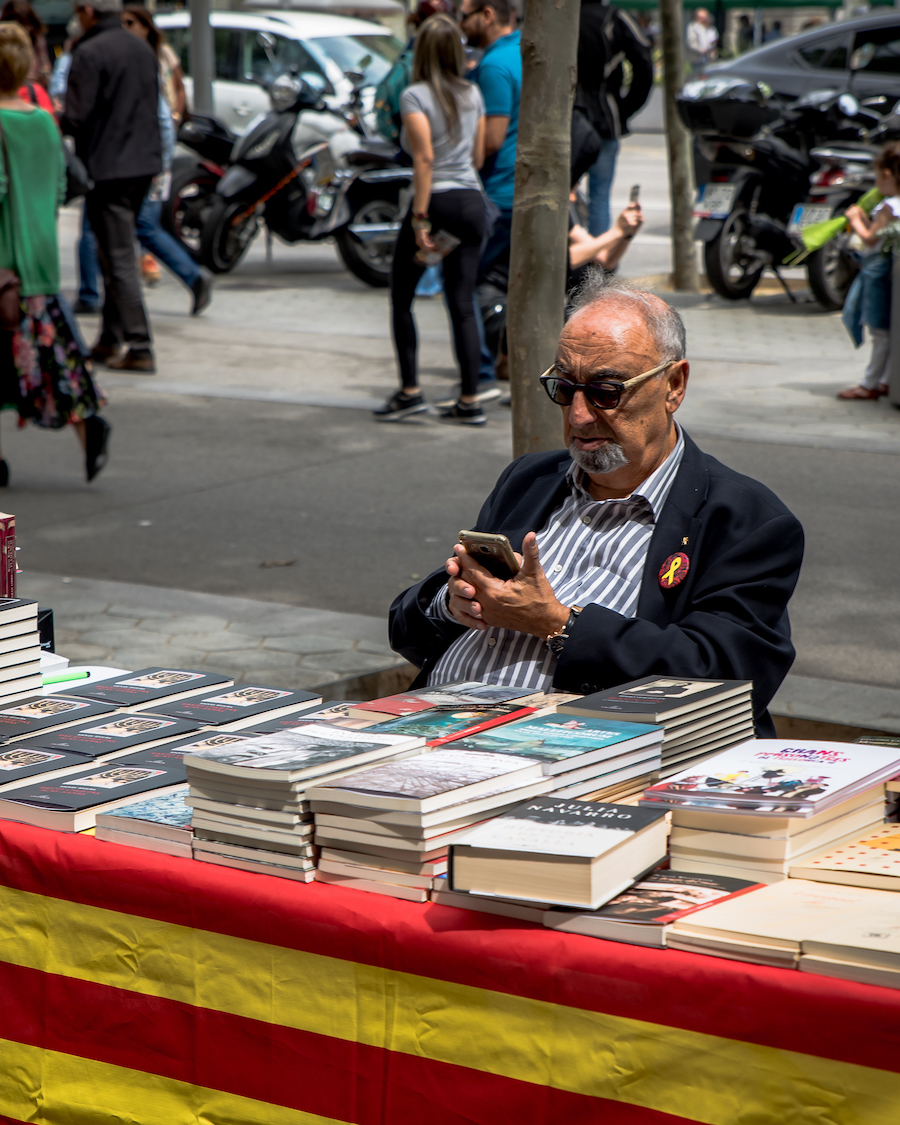 Bookseller Sant Jordi Day Barcelona ~ By Ben Holbrook from DriftwoodJournals.com13