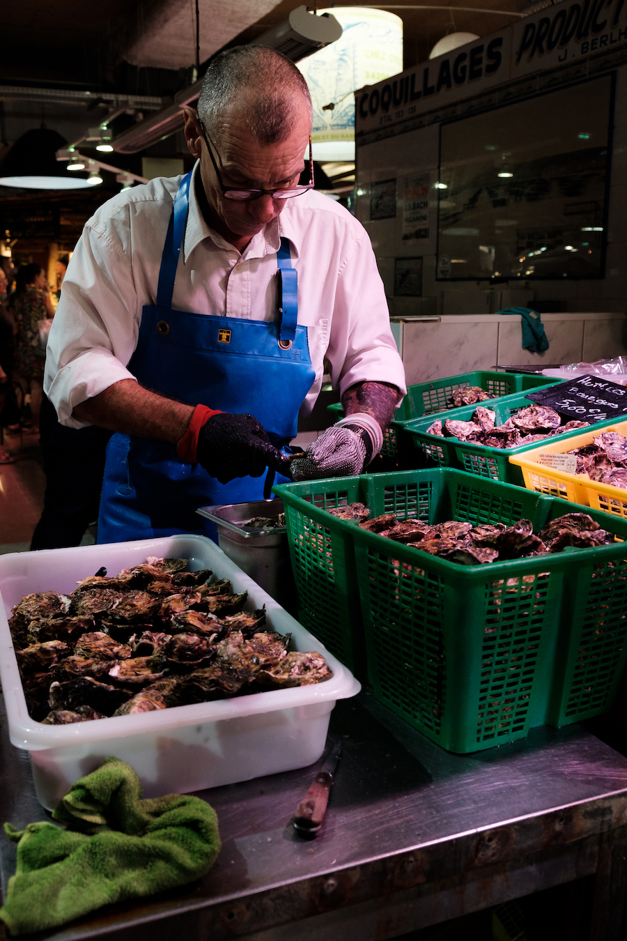 Oyster shucking at Les Halles De Sète Market in Sete, Southern France ~ By Ben Holbrook from DriftwoodJournals.com7