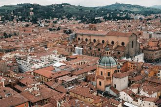 Bologna, Italy Things to Do – Travel Photography by Ben Holbrook from DriftwoodJournals.com13