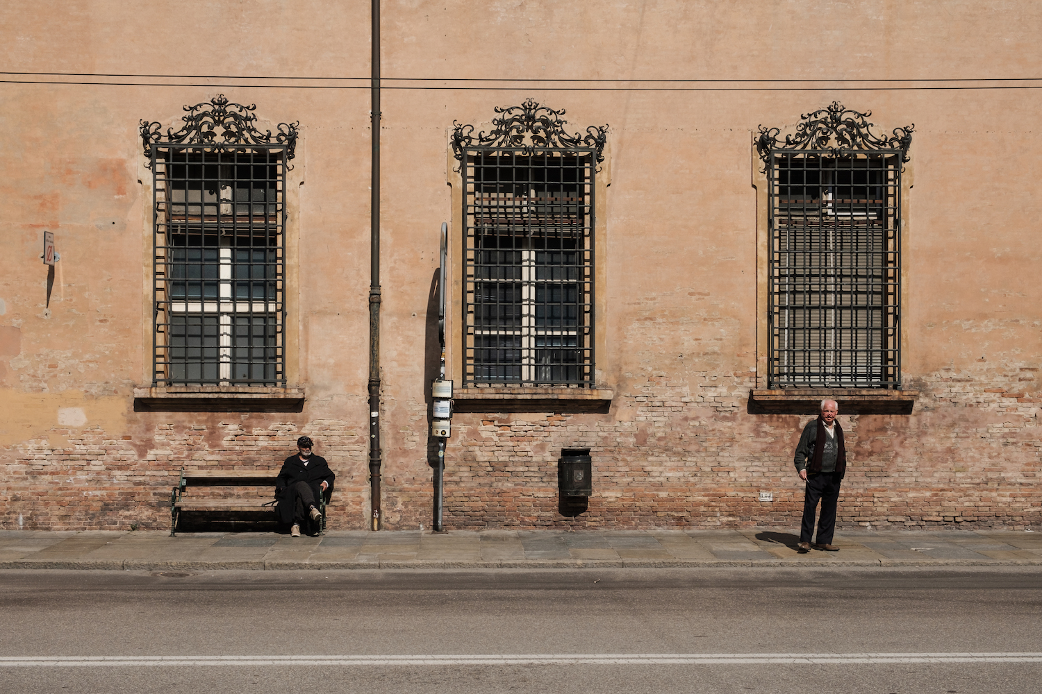 Local people in Modena, Itay Street and Travel Photography by Ben Holbrook from DriftwoodJournals.com-4990