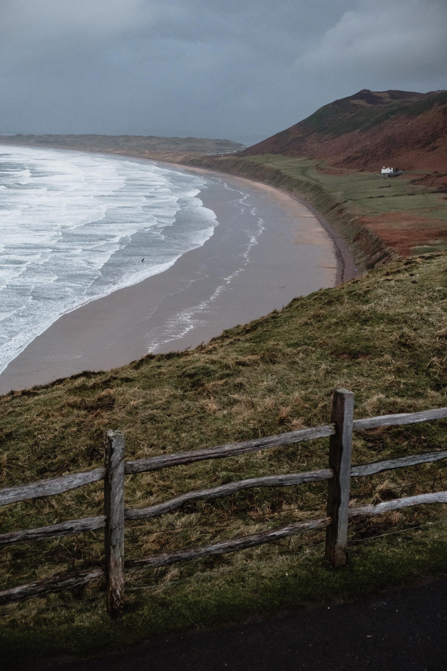 Rhossili Bay (Gower Peninsula, South Wales).